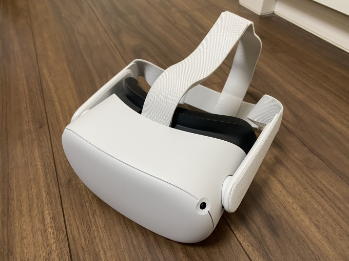 Oculus Quest 2 with a normal strap